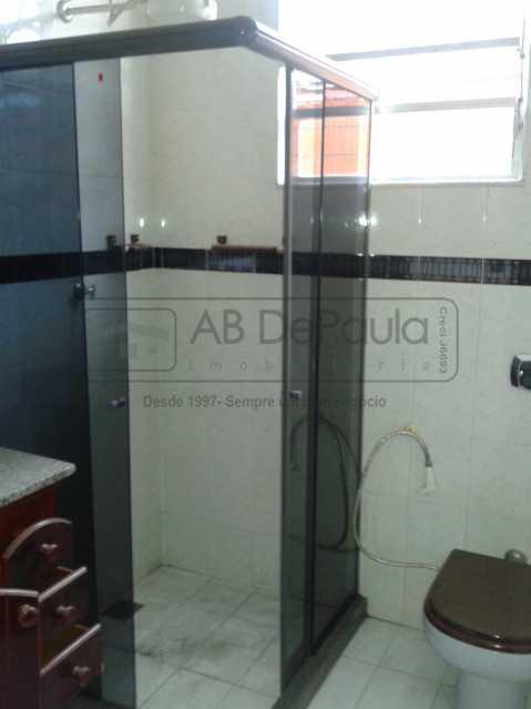 14 - REALENGO - São Duas Casas no mesmo Terreno. Casa frente Duplex com Garagem Coberta - ABCA30086 - 15