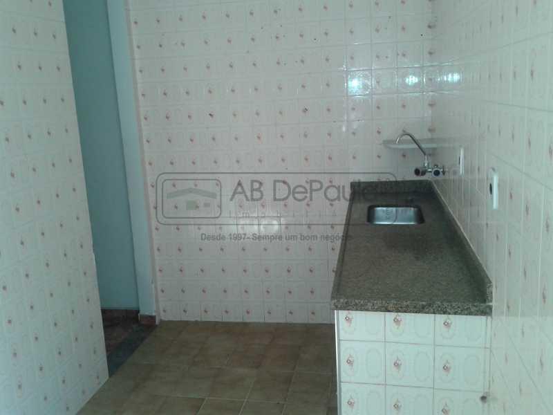 9 - REALENGO - São Duas Casas no mesmo Terreno. Casa frente Duplex com Garagem Coberta - ABCA30086 - 10