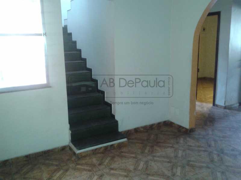 15 - REALENGO - São Duas Casas no mesmo Terreno. Casa frente Duplex com Garagem Coberta - ABCA30086 - 16