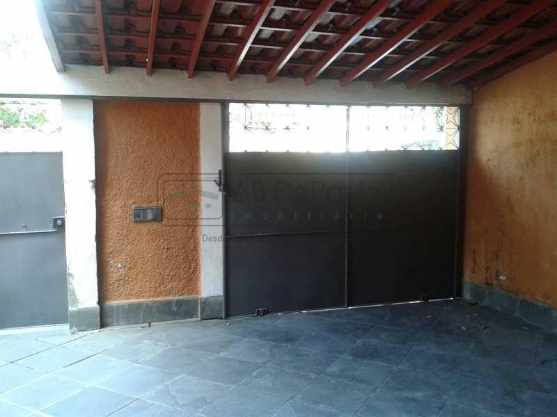 26 - REALENGO - São Duas Casas no mesmo Terreno. Casa frente Duplex com Garagem Coberta - ABCA30086 - 27