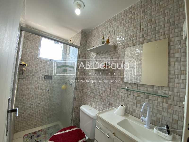 BANHEIRO SOCIAL - REALENGO - EXCELENTE Apartamento Reformadíssimo - ABAP20339 - 10