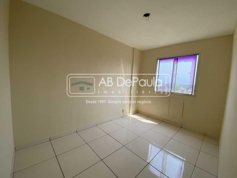 DORMITÓRIO 02 - REALENGO - EXCELENTE Apartamento Reformadíssimo - ABAP20339 - 12