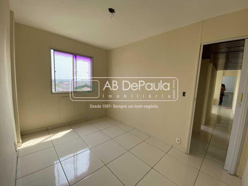 DORMITÓRIO 02 - REALENGO - EXCELENTE Apartamento Reformadíssimo - ABAP20339 - 13