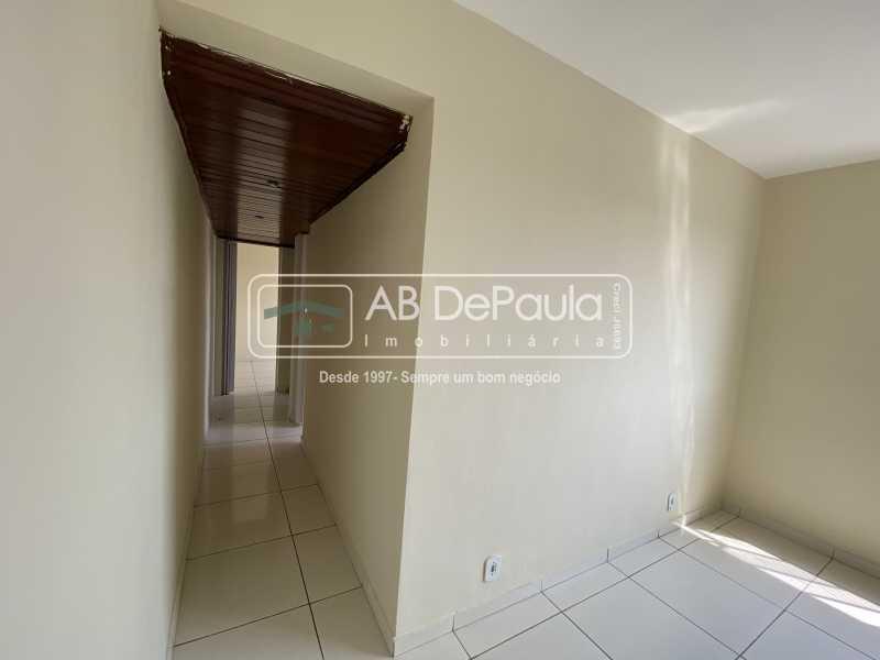 CORREDOR - REALENGO - EXCELENTE Apartamento Reformadíssimo - ABAP20339 - 7