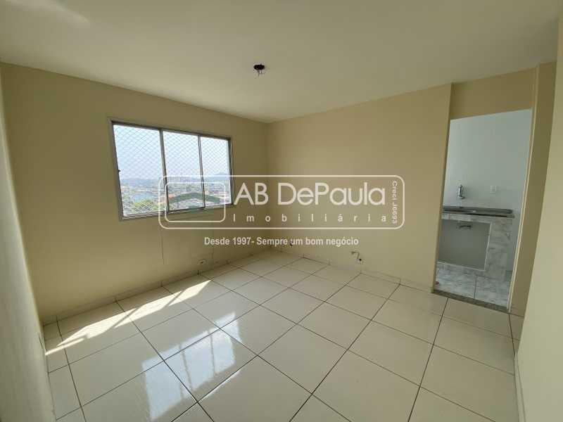SALA - REALENGO - EXCELENTE Apartamento Reformadíssimo - ABAP20339 - 3