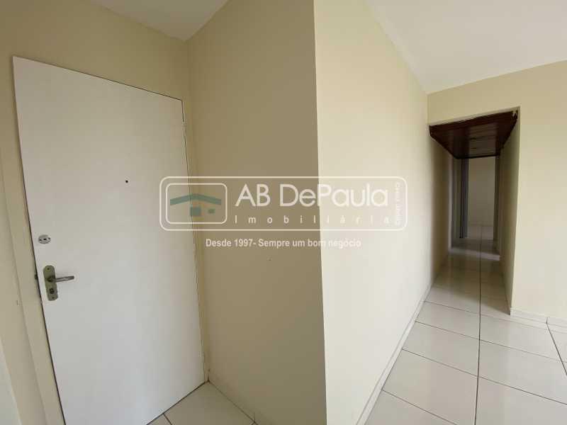 HALL E SALA - REALENGO - EXCELENTE Apartamento Reformadíssimo - ABAP20339 - 6