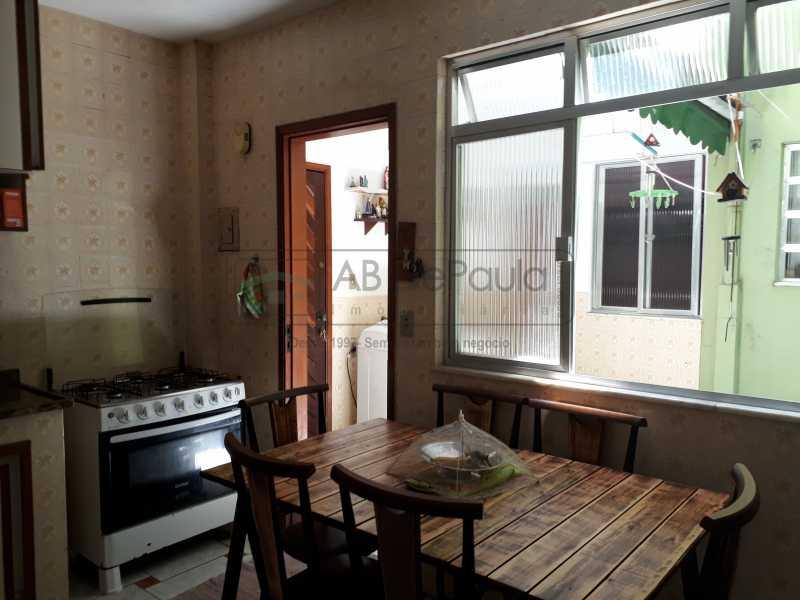 20190225_115759 - Apartamento Térreo 2 Qts + Dependência Empregada com Banheiro. 1 vaga na Escritura - ABAP20357 - 12