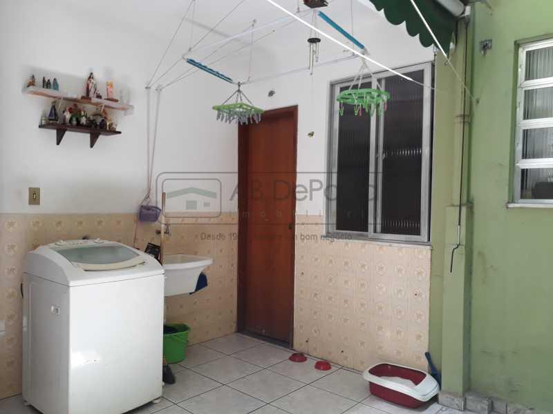 20190225_115810 - Apartamento Térreo 2 Qts + Dependência Empregada com Banheiro. 1 vaga na Escritura - ABAP20357 - 14