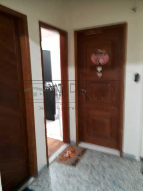 20190504_142514 - Aceita POUPEX - São 3 Dormitórios Sendo um Suíte - REFORMADÍSSIMO - ABAP30088 - 23