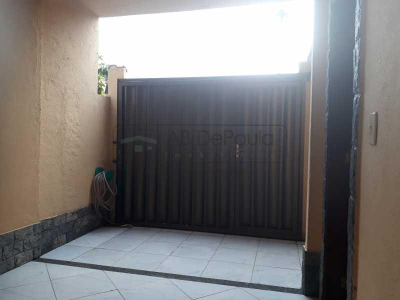 20190123_093331 - Casa 3 Dormitórios e Terraço - 1 Vaga - ABCA30099 - 23