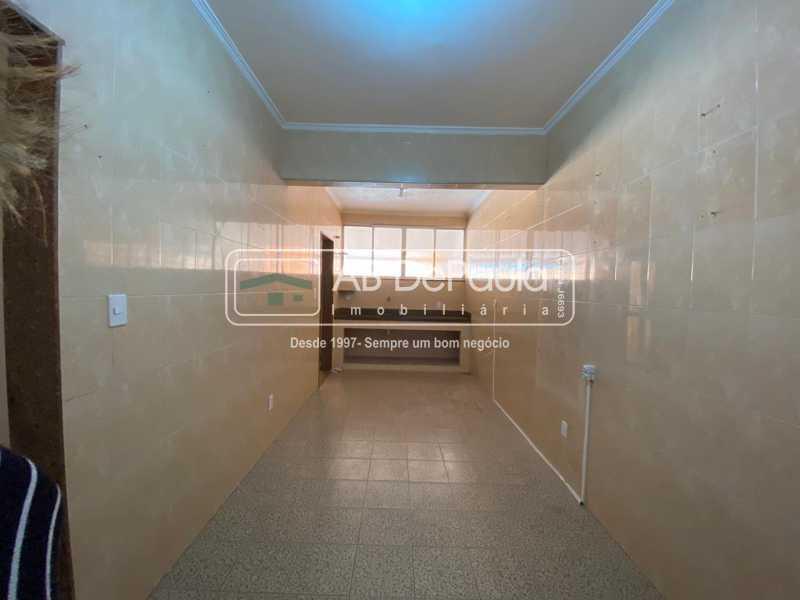 COZINHA - Realengo - Excelente casa 3 Dormitórios (1 Suíte), amplo quinta. - ABCA30108 - 9