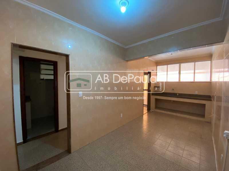 COZINHA - Realengo - Excelente casa 3 Dormitórios (1 Suíte), amplo quinta. - ABCA30108 - 10