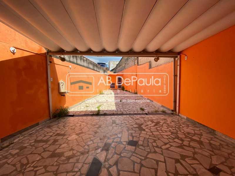 ÁREA EXTERNA - Realengo - Excelente casa 3 Dormitórios (1 Suíte), amplo quinta. - ABCA30108 - 12