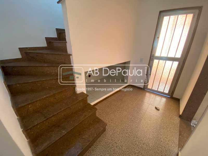 ACESSO 2º PAVIMENTO - Realengo - Excelente casa 3 Dormitórios (1 Suíte), amplo quinta. - ABCA30108 - 14