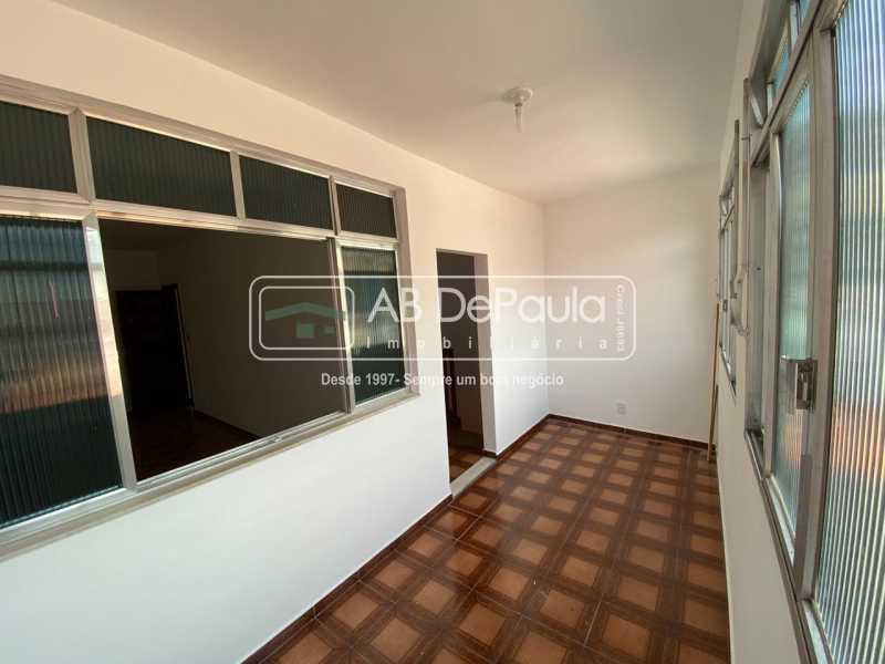 VARANDA 2º ANDAR - Realengo - Excelente casa 3 Dormitórios (1 Suíte), amplo quinta. - ABCA30108 - 18