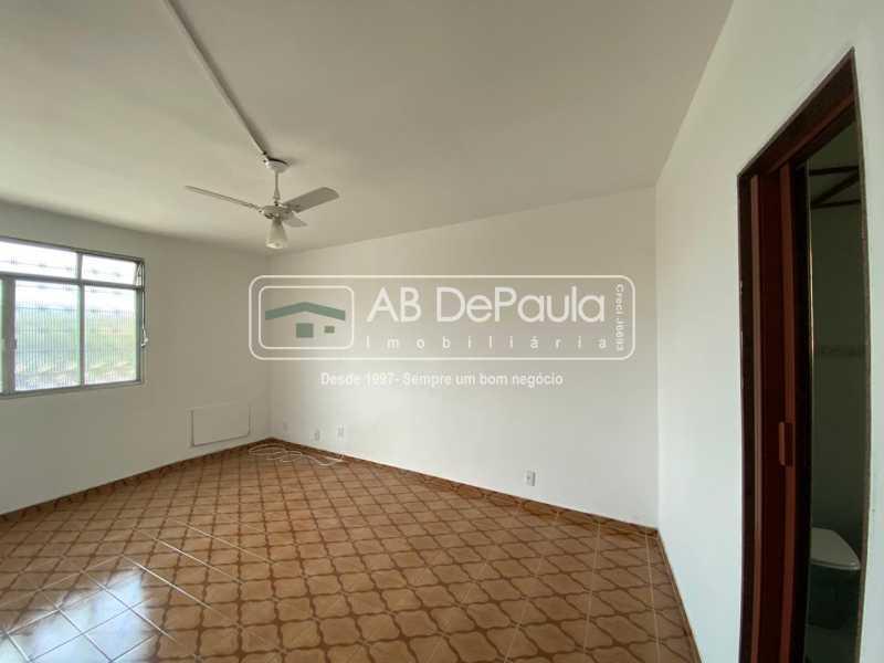 QUARTO 3 SUÍTE - Realengo - Excelente casa 3 Dormitórios (1 Suíte), amplo quinta. - ABCA30108 - 22