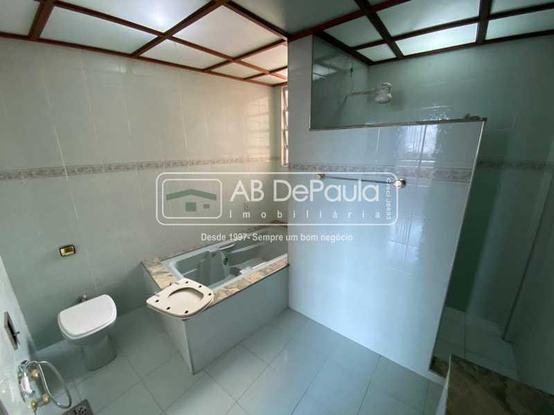 BANHEIRO SUÍTE - Realengo - Excelente casa 3 Dormitórios (1 Suíte), amplo quinta. - ABCA30108 - 25