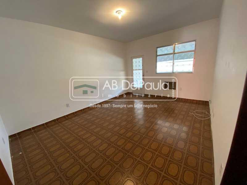 SALA - Realengo - Excelente casa 3 Dormitórios (1 Suíte), amplo quinta. - ABCA30108 - 3
