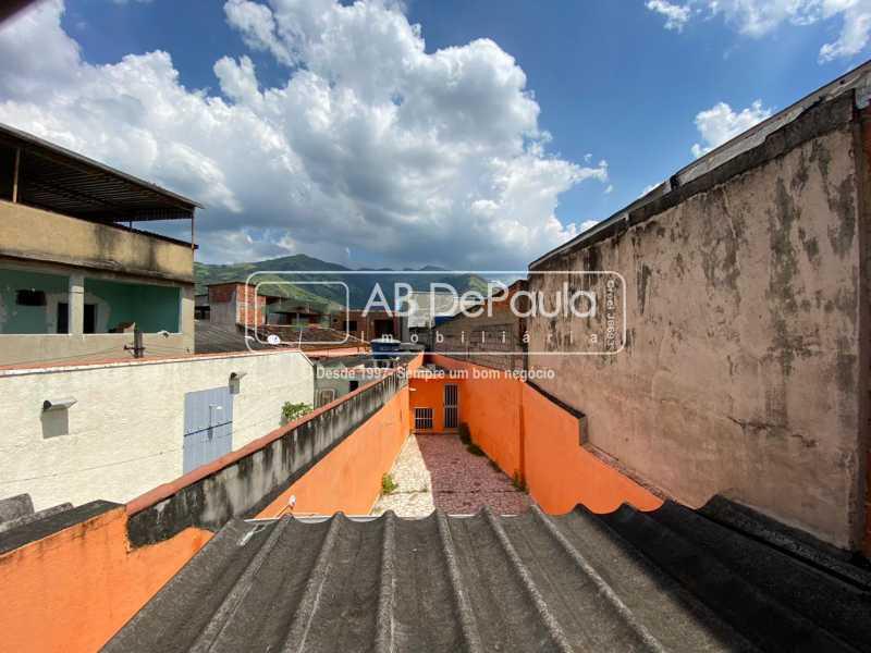 VISTA - Realengo - Excelente casa 3 Dormitórios (1 Suíte), amplo quinta. - ABCA30108 - 27