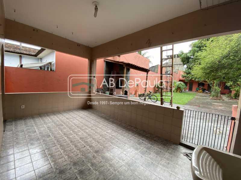 ÁREA DE SERVIÇO - VILA VALQUEIRE - ESTUDAMOS PROPOSTAS - Ótima casa linear, 3 Dormitórios, bem localizada - ABCA30134 - 17