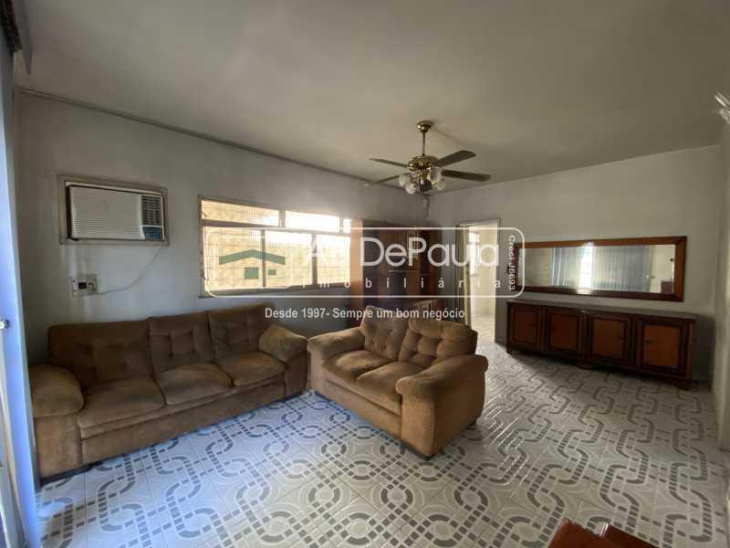 SALA - REALENGO - Excelente CASA LINEAR com amplo terreno. Composta por: ampla sala, 03 dormitórios - ABCA30140 - 6
