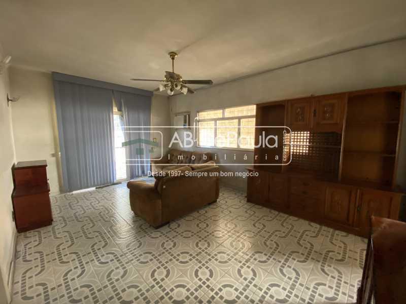 SALA - REALENGO - Excelente CASA LINEAR com amplo terreno. Composta por: ampla sala, 03 dormitórios - ABCA30140 - 7