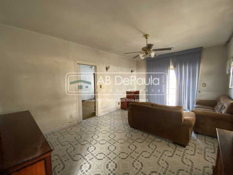SALA - REALENGO - Excelente CASA LINEAR com amplo terreno. Composta por: ampla sala, 03 dormitórios - ABCA30140 - 8