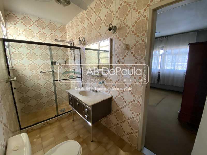 BANHEIRO SUÍTE - REALENGO - Excelente CASA LINEAR com amplo terreno. Composta por: ampla sala, 03 dormitórios - ABCA30140 - 12