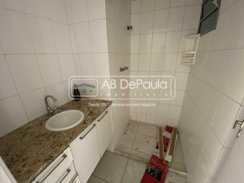 BANHEIRO SUÍTE - PRAÇA SECA - RUA FLORIANÓPOLIS - Apartamento 3 Dormitórios (1 Suíte). - ABAP30117 - 23