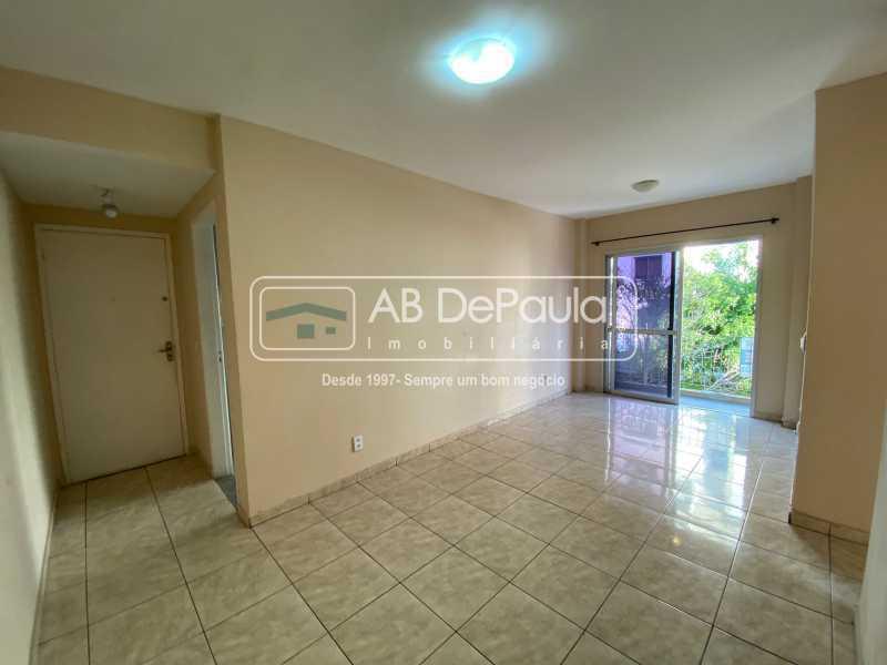 SALA - SULACAP - ACEITANDO FINANCIAMENTO BANCÁRIO e/ou FGTS. ÓTIMO apartamento, CLARO E AREJADO - ABAP20579 - 1