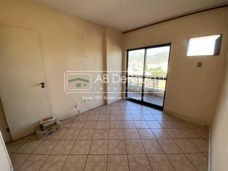 QUARTO 01 - VILA VALQUEIRE - Excelente Apartamento com 86m², JUNTINHO A PRAÇA SAIQUI - ABAP20597 - 10