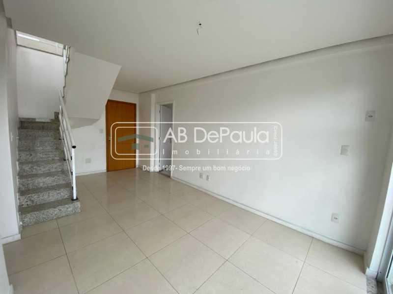 SALA - VILA VALQUEIRE - Linda Cobertura Duplex. Composta de 3 Quartos, sendo 2 suítes - ABCO30001 - 7