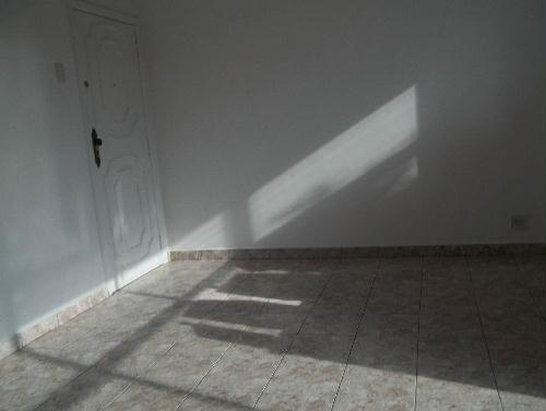 AMPLA SALA.... - MARECHAL HERMES - Excelente apartamento, juntinho a Praça de Marechal Hermes (HOSPITAL CARLOS CHAGAS) - SA20331 - 9