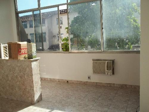 AMPLA SALA. - MARECHAL HERMES - Excelente apartamento, juntinho a Praça de Marechal Hermes (HOSPITAL CARLOS CHAGAS) - SA20331 - 8