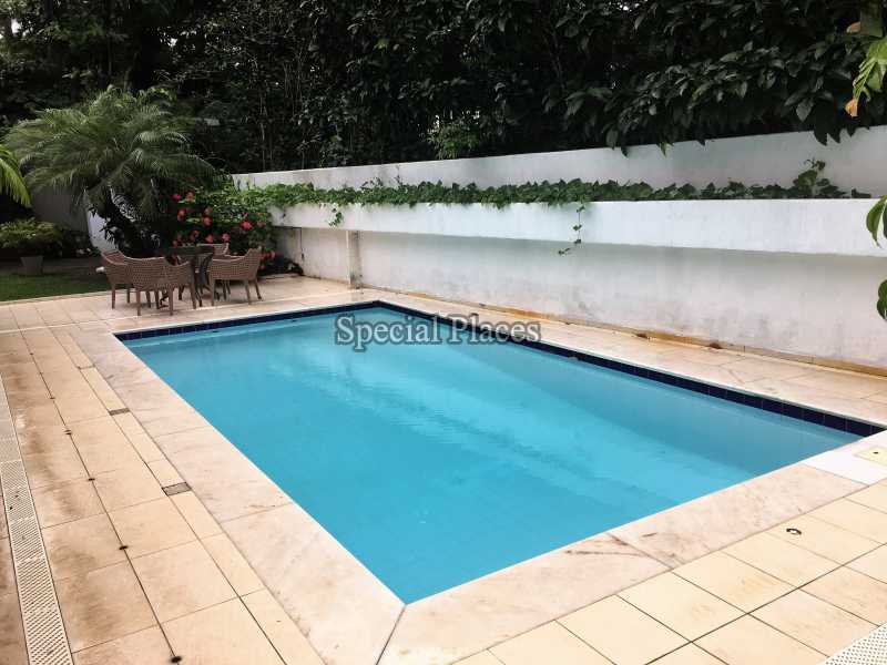 7 piscina