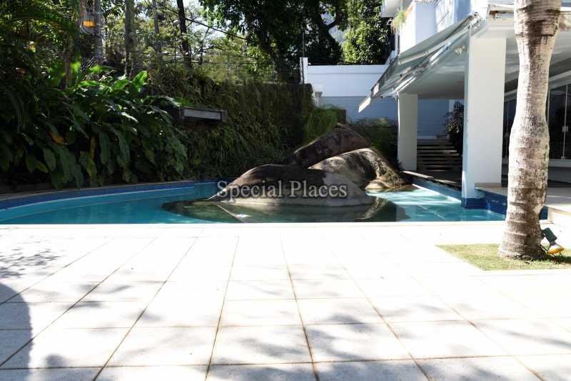 3 piscina