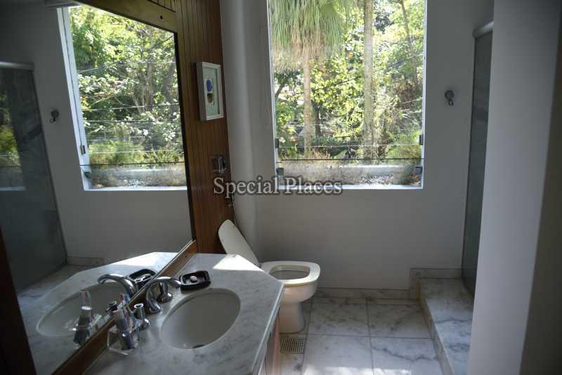 25 banheiro suite 3