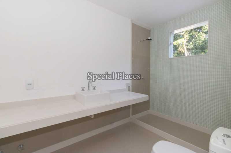 16 banheiro suite master