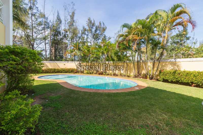 6 piscina