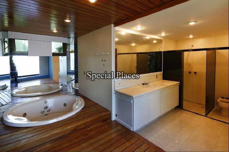 22 - banheiro suite