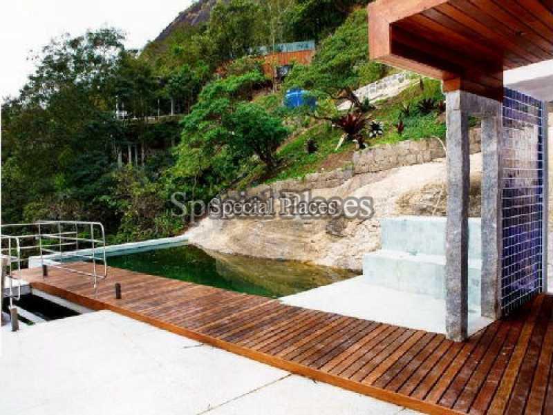 7 piscina_deck