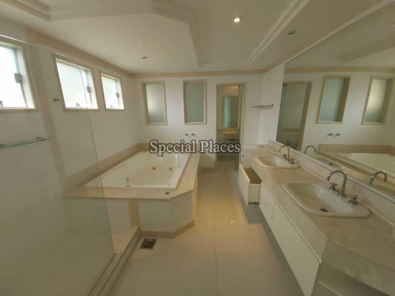 12 banheiro suite hidro
