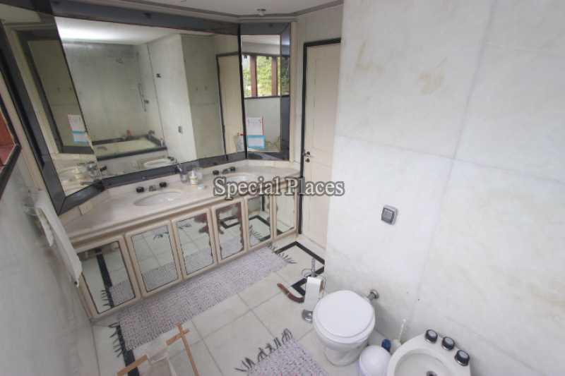 25 banheiro suite master