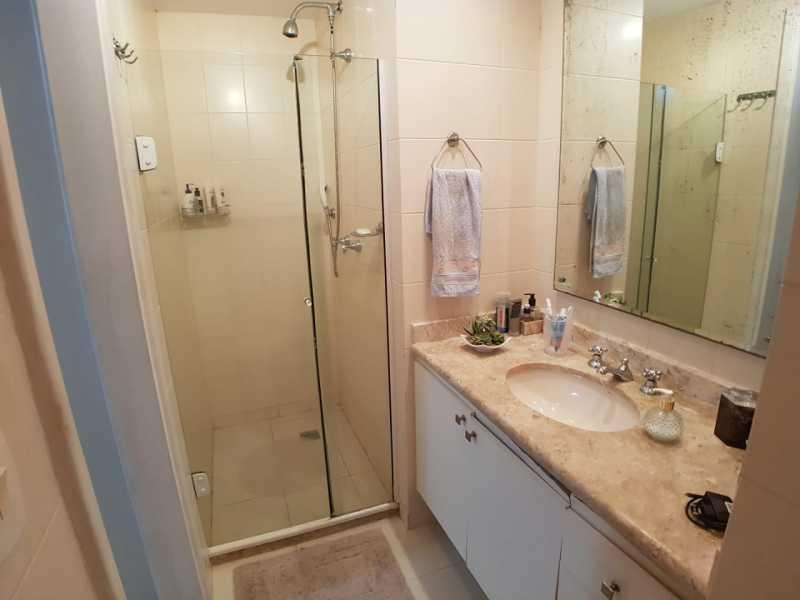 13 - BANHEIRO SUÍTE. - Apartamento Barra da Tijuca,Rio de Janeiro,RJ À Venda,3 Quartos,119m² - FRAP30548 - 14