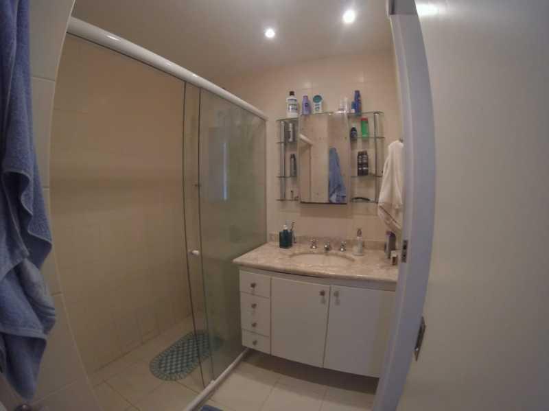 16 - BANHEIRO SOCIAL 2° PISO. - Apartamento Barra da Tijuca,Rio de Janeiro,RJ À Venda,3 Quartos,119m² - FRAP30548 - 17