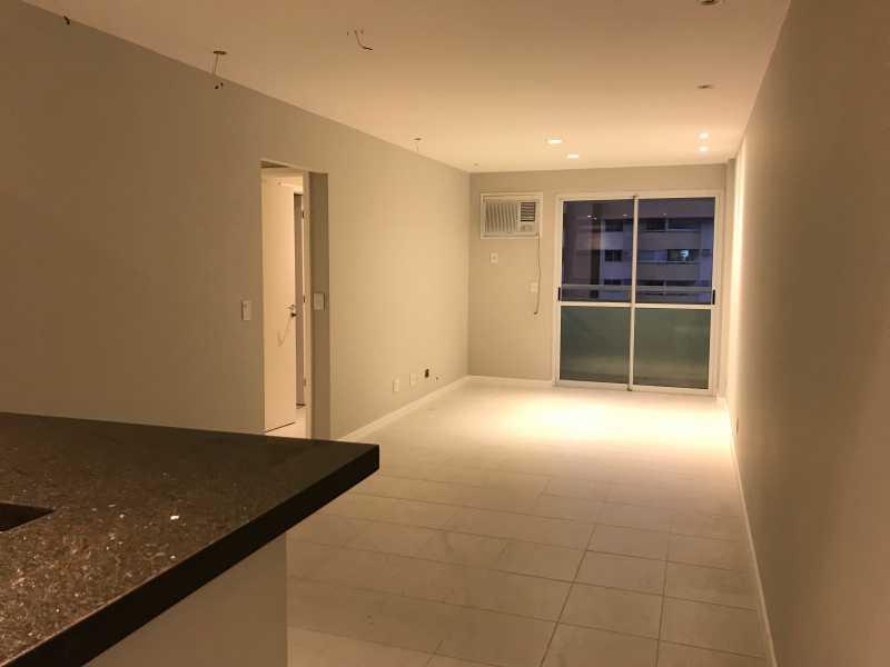 01 - Apartamento À Venda - Jacarepaguá - Rio de Janeiro - RJ - FRAP21378 - 1