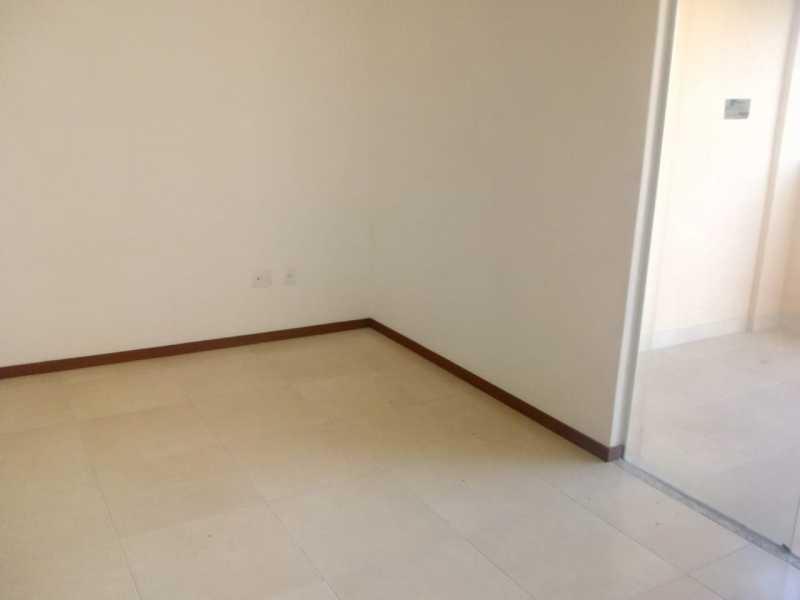 suite com varanda - Casa em Condominio À Venda - Pechincha - Rio de Janeiro - RJ - FRCN30156 - 11
