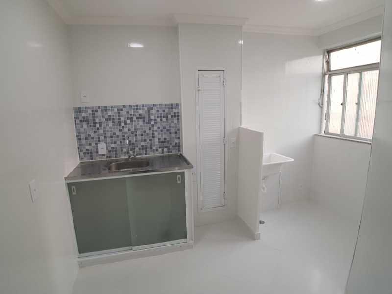 12 - COZINHA e ÁREA DE SERVI? - Apartamento À Venda - Vargem Pequena - Rio de Janeiro - RJ - FRAP10090 - 13