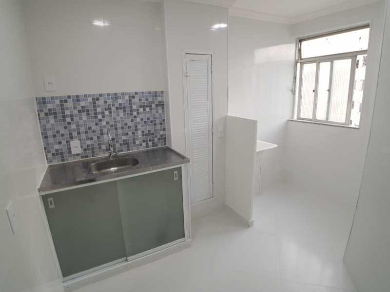 13 - COZINHA e ÁREA DE SERVI? - Apartamento À Venda - Vargem Pequena - Rio de Janeiro - RJ - FRAP10090 - 14