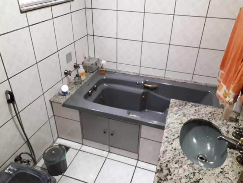 5 - Casa de Vila 4 quartos à venda Piedade, Rio de Janeiro - R$ 300.000 - MECV40017 - 9